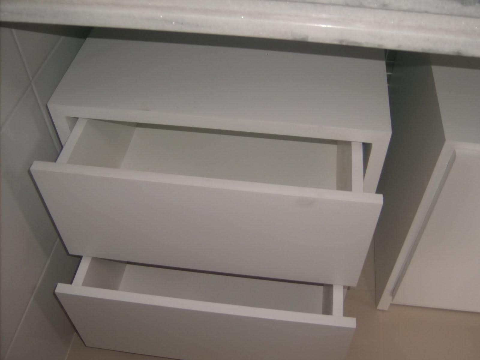 Os Serviços de Jorge Rocha: Móveis de Quarto e Banheiro. #58514A 1600x1200 Armario Banheiro Com Rodinhas