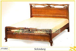 Tempat tidur kayu jati ukir jepara Selendang murah.Jakarta