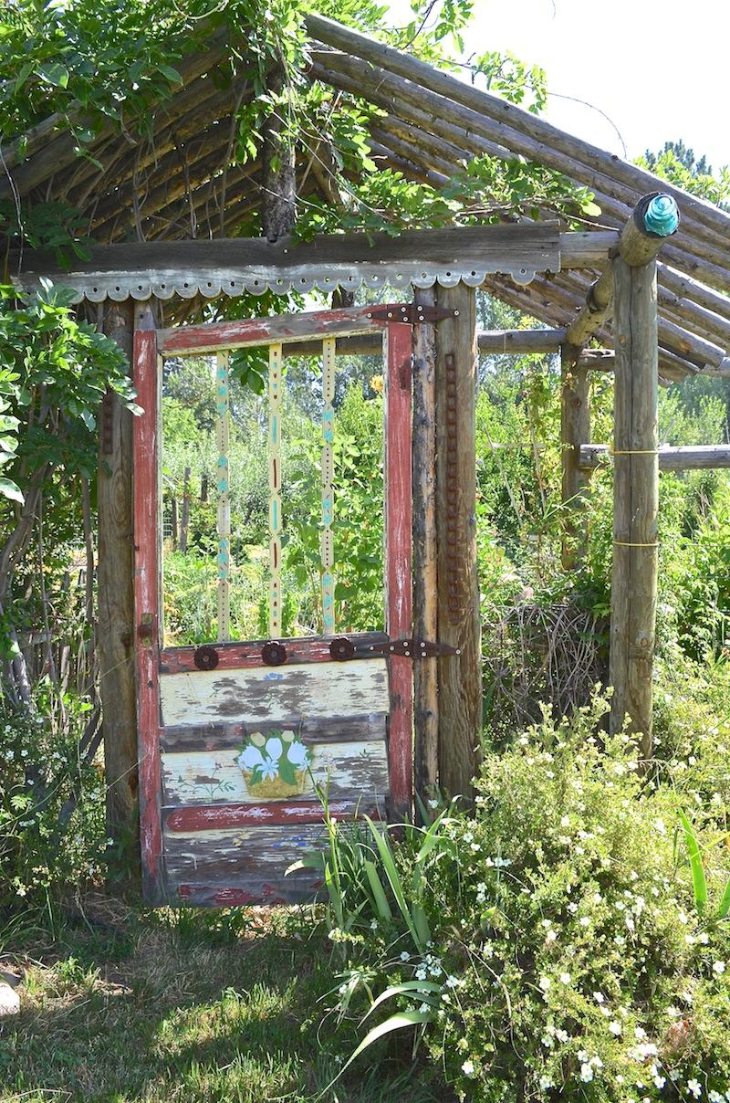 La Maison Boheme Repurposed Screen As Garden Gate