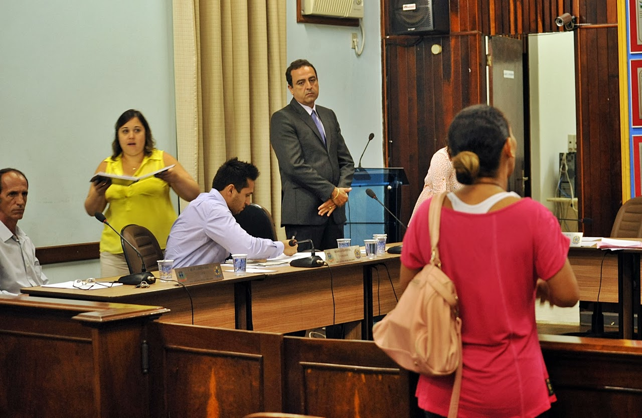 COMERCIAL PORECATU: Posse do Vereador Marcelo Coelho da Silva  Partido  #A9222E 1280 834