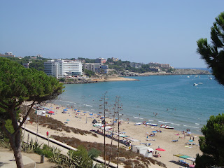 Buildings, sand and sea photos - Tarragona
