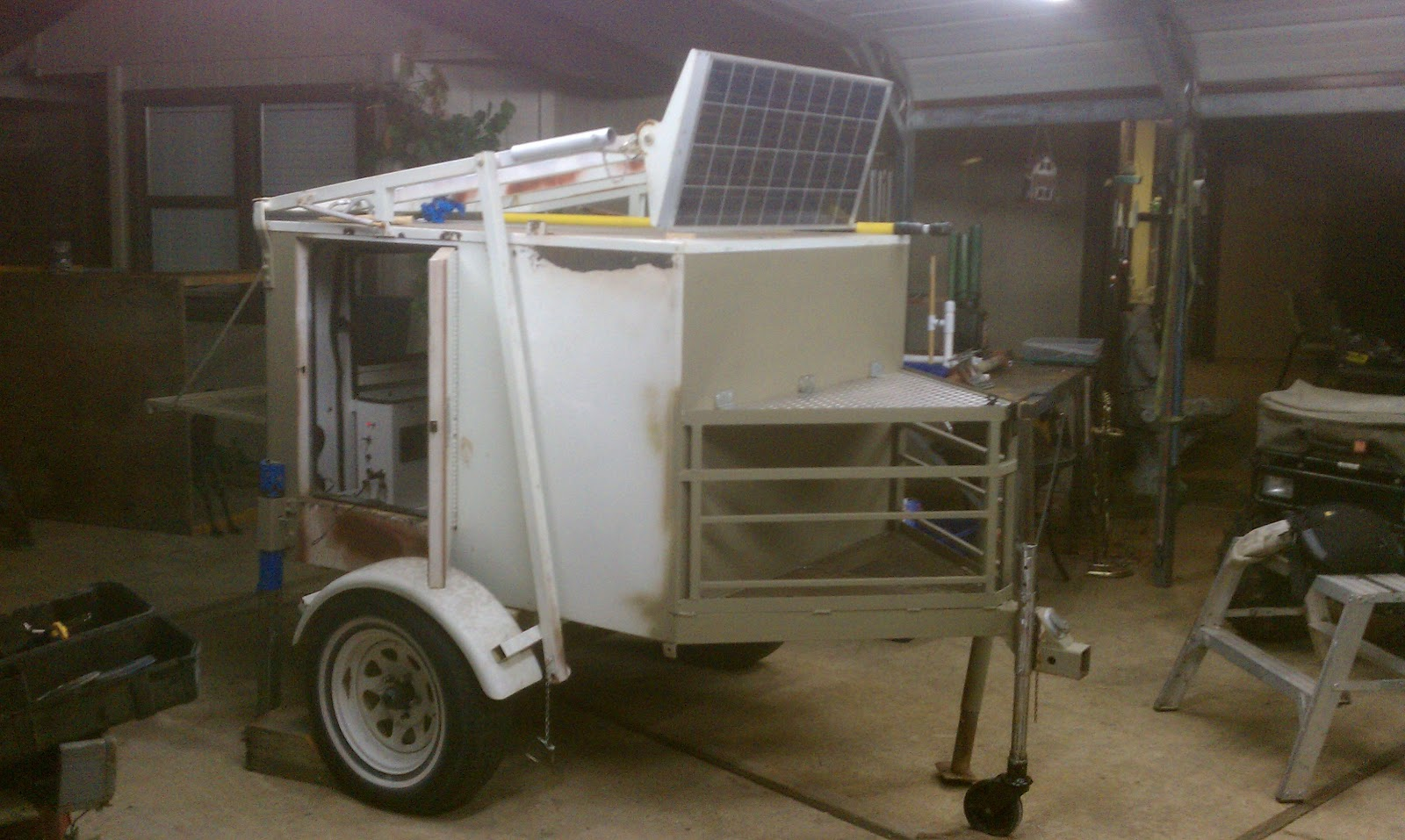 Mobile Bug Out Trailers : Radar trailer conversion to solar bug out camping or