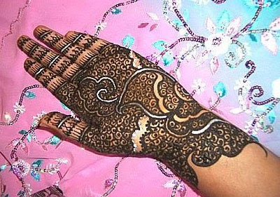 Latest Mehndi Designs for Karva Chauth