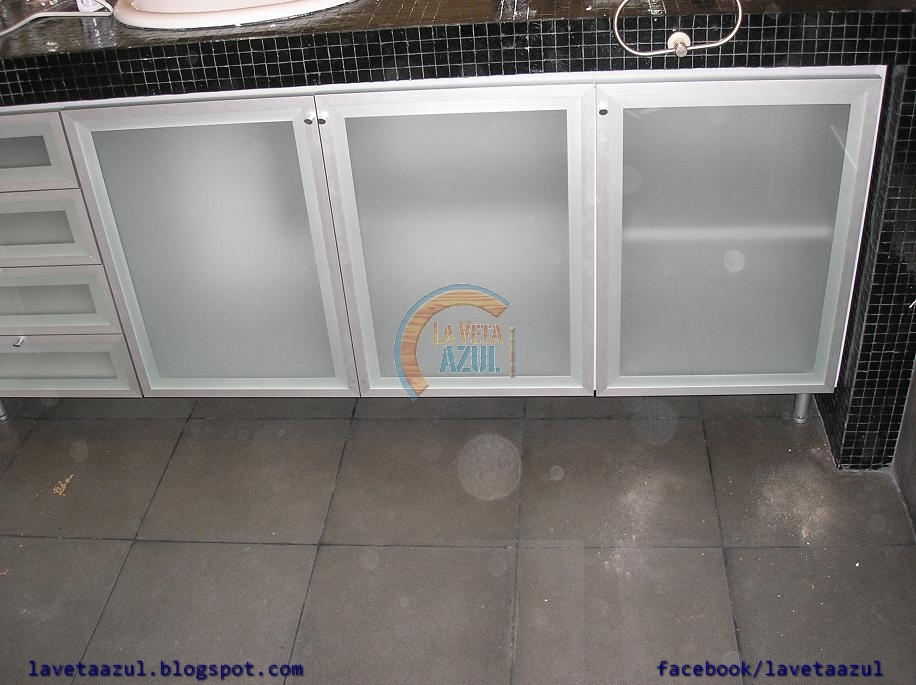 la veta azul: mueble baño en aluminio - Muebles De Bano De Aluminio