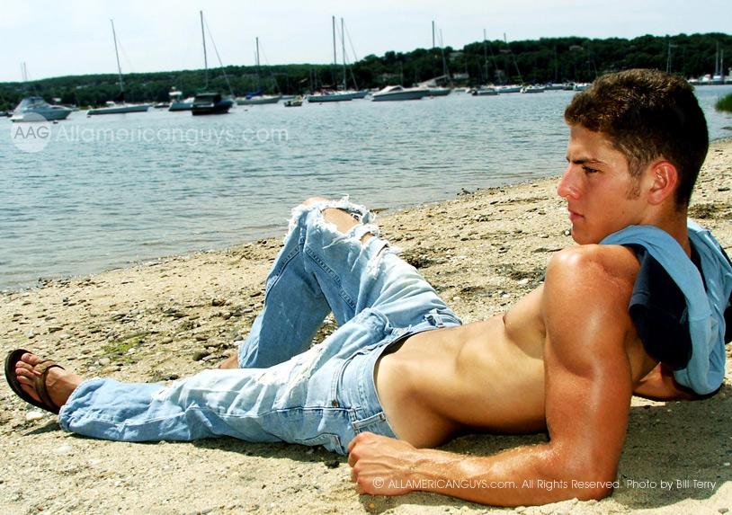 foto annunci gay ragazzi gay muscolosi