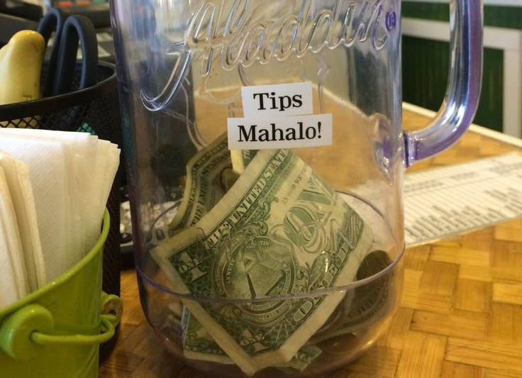 Maui's tourism industry thrives off tips