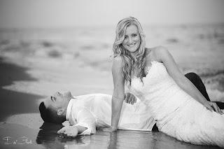 postboda playa blanco y negro