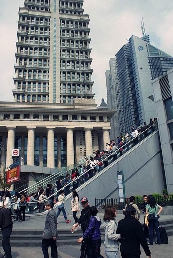 laluan-escalator-jambatan