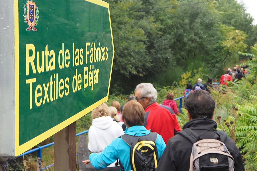 Mas de un centenar de senderistas en la Marcha San Miguel