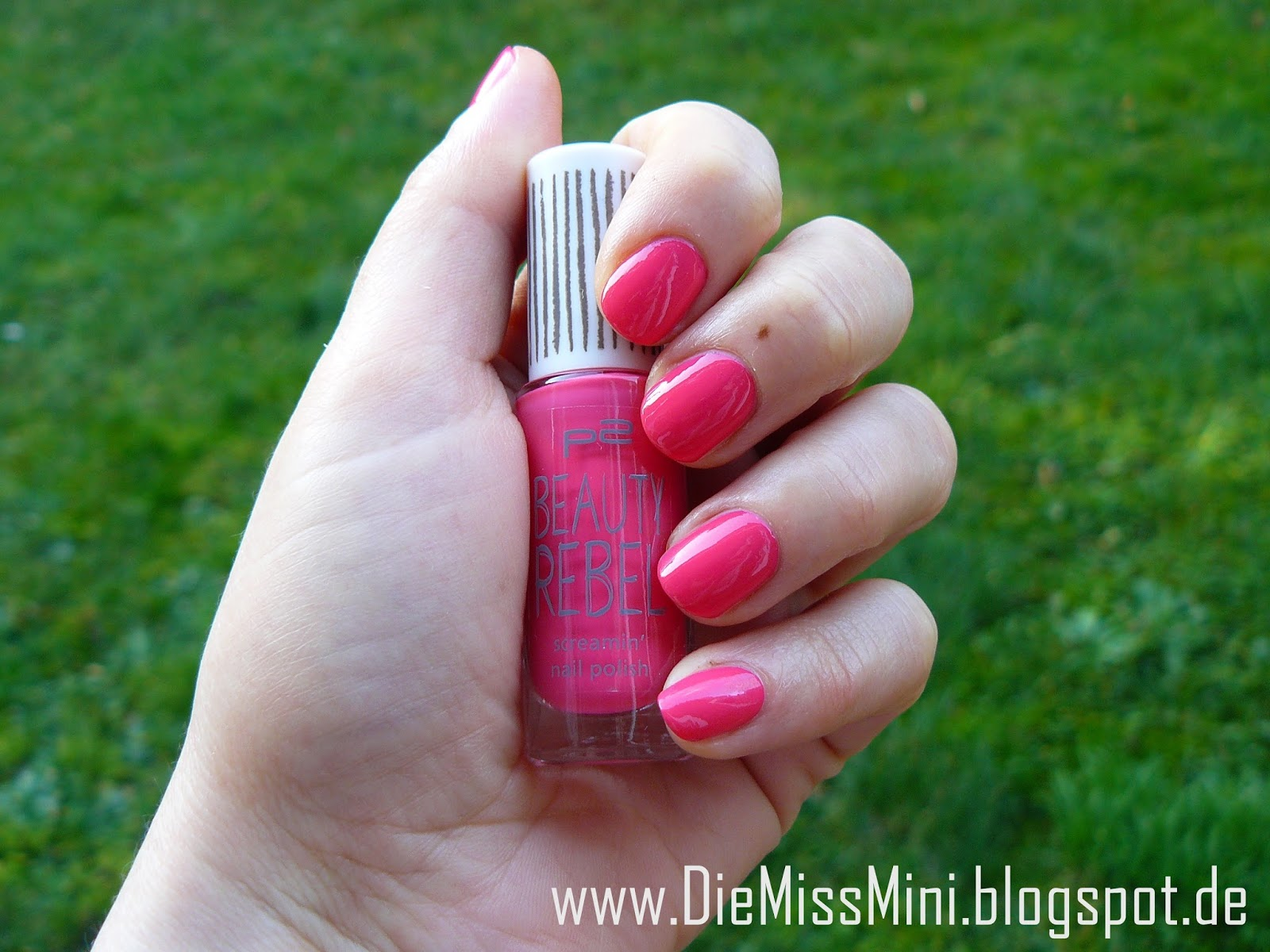 http://diemissmini.blogspot.de/2014/01/nagellack-p2-beauty-rebel-screamin-nail.html