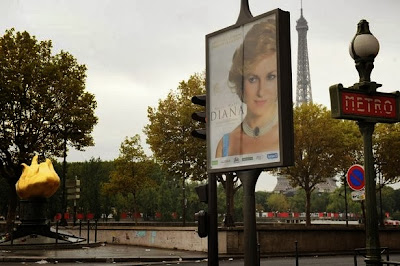 Diana poster in Paris