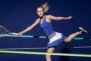 世界網球天后Caroline Wozniacki將於美國網球公開賽中穿上Stella McCartney設計的新球衣上場,以藍色為主調的球衣甚為亮眼。