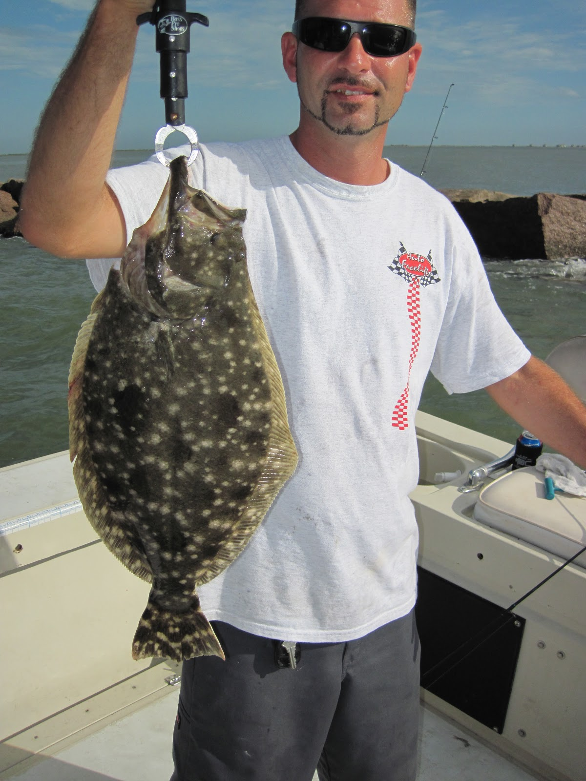The fishin addiction for Flounder fishing galveston