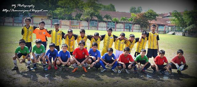 perlawanan persahabatan bola sepak bawah 12 tahun 2012