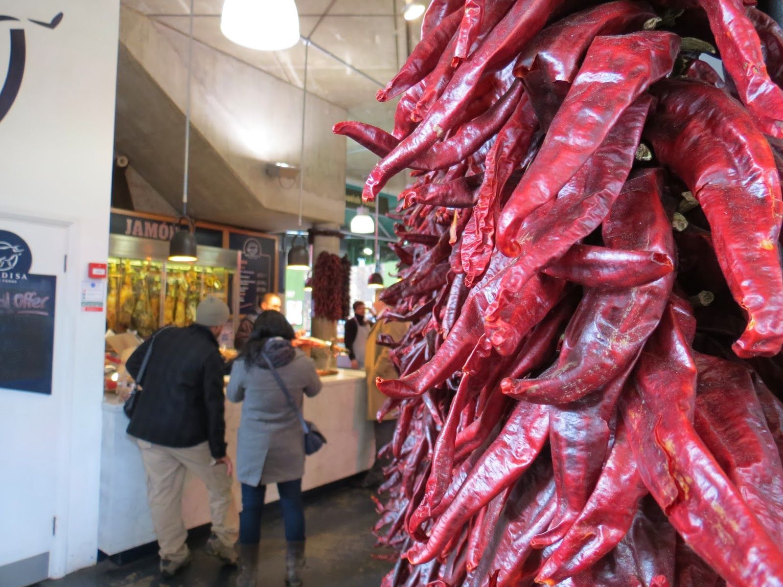 Borough market london spanish