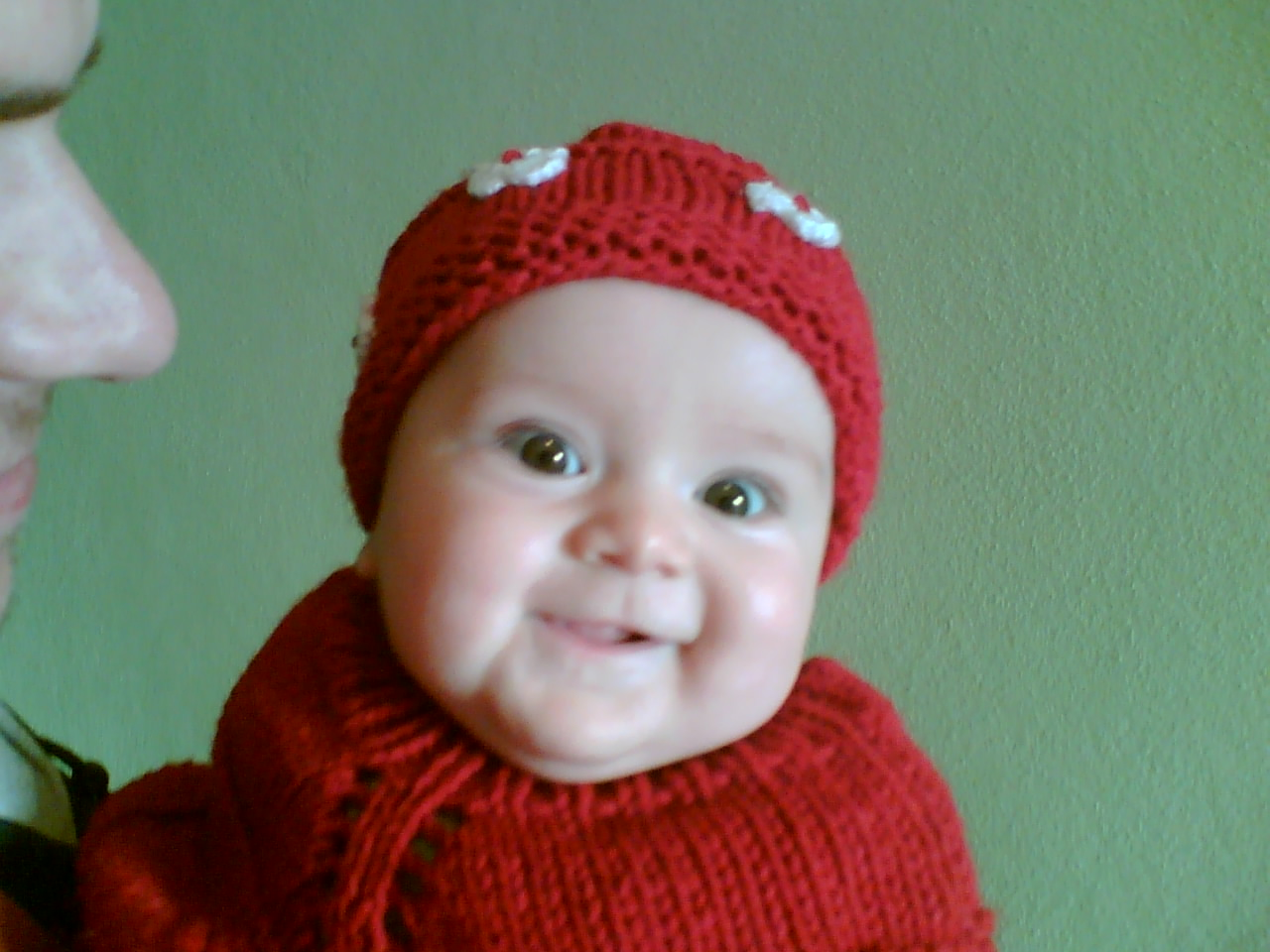 http://1.bp.blogspot.com/-pOgLc5Attq8/Td1sPE1GQ9I/AAAAAAAAAF4/wg4TYE9J73I/s1600/funny_baby_pictures-funny-baby-wallpaper.jpg