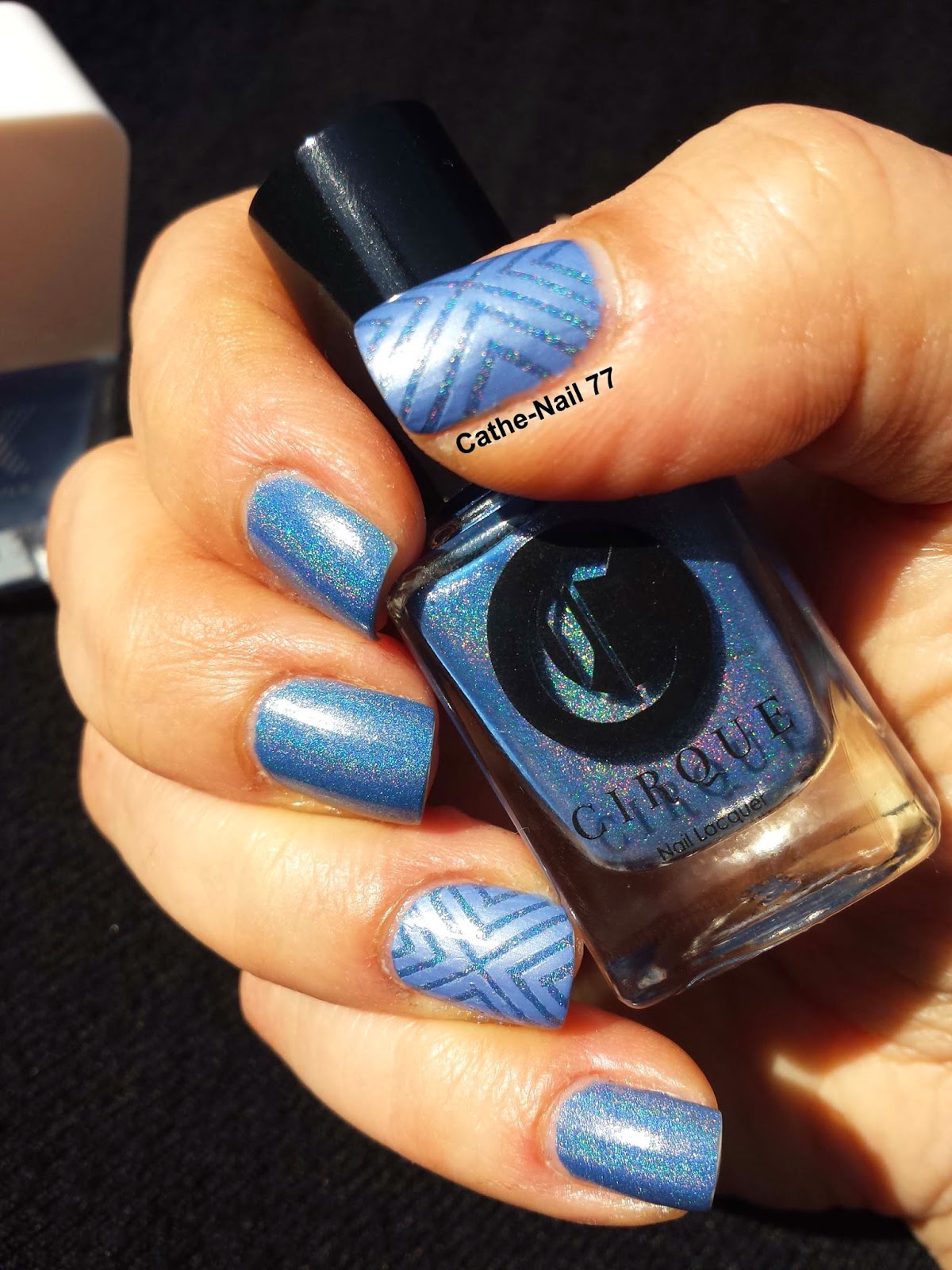 http://cathenail.blogspot.fr/2014/04/cirque-sky-woman-formula-x-little-sexy.html
