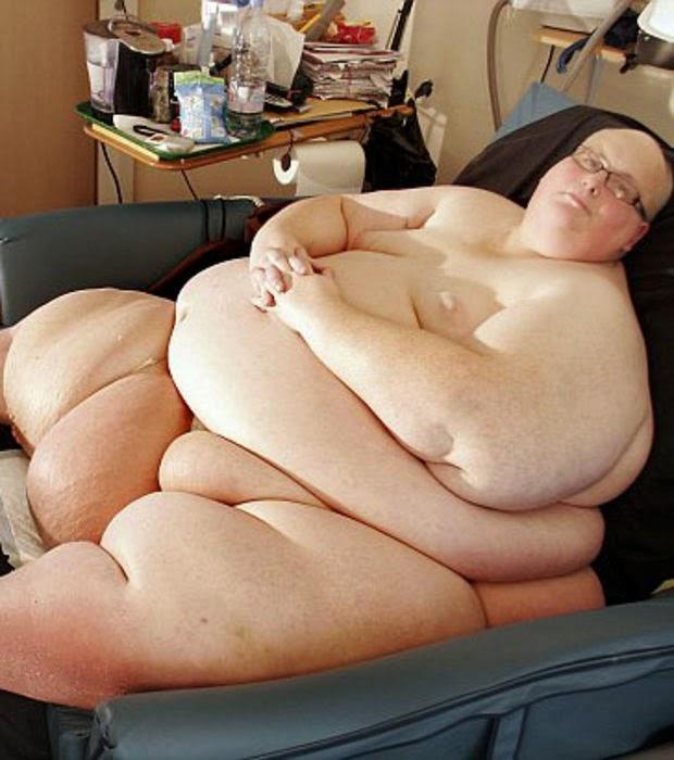 Les adolescents pleins gros homme