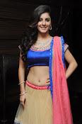 Isha talwar latest glam pics-thumbnail-1