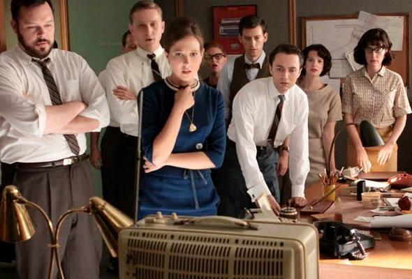 Los personajes de Mad Men miran la tele tras conocer la muerte de Kennedy
