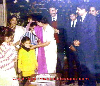 anushka+sharma+childhood+pictures-childhood-images.blogspot.com{11}