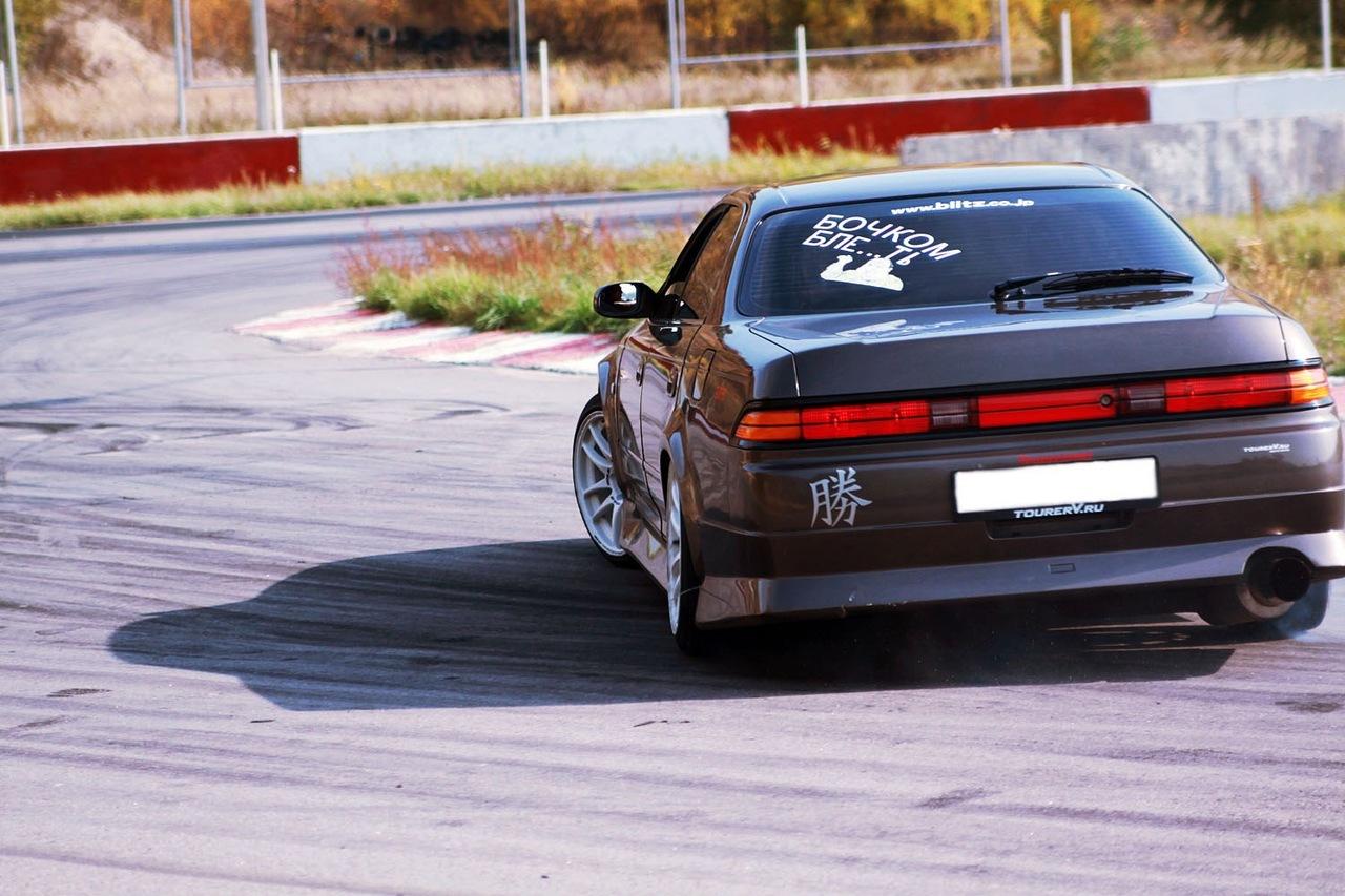 Toyota Mark II X90, tuning, drifting, RWD, zdjęcia, JDM, napęd na tył, japoński sportowy sedan, 日本車, チューニングカー, トヨタ
