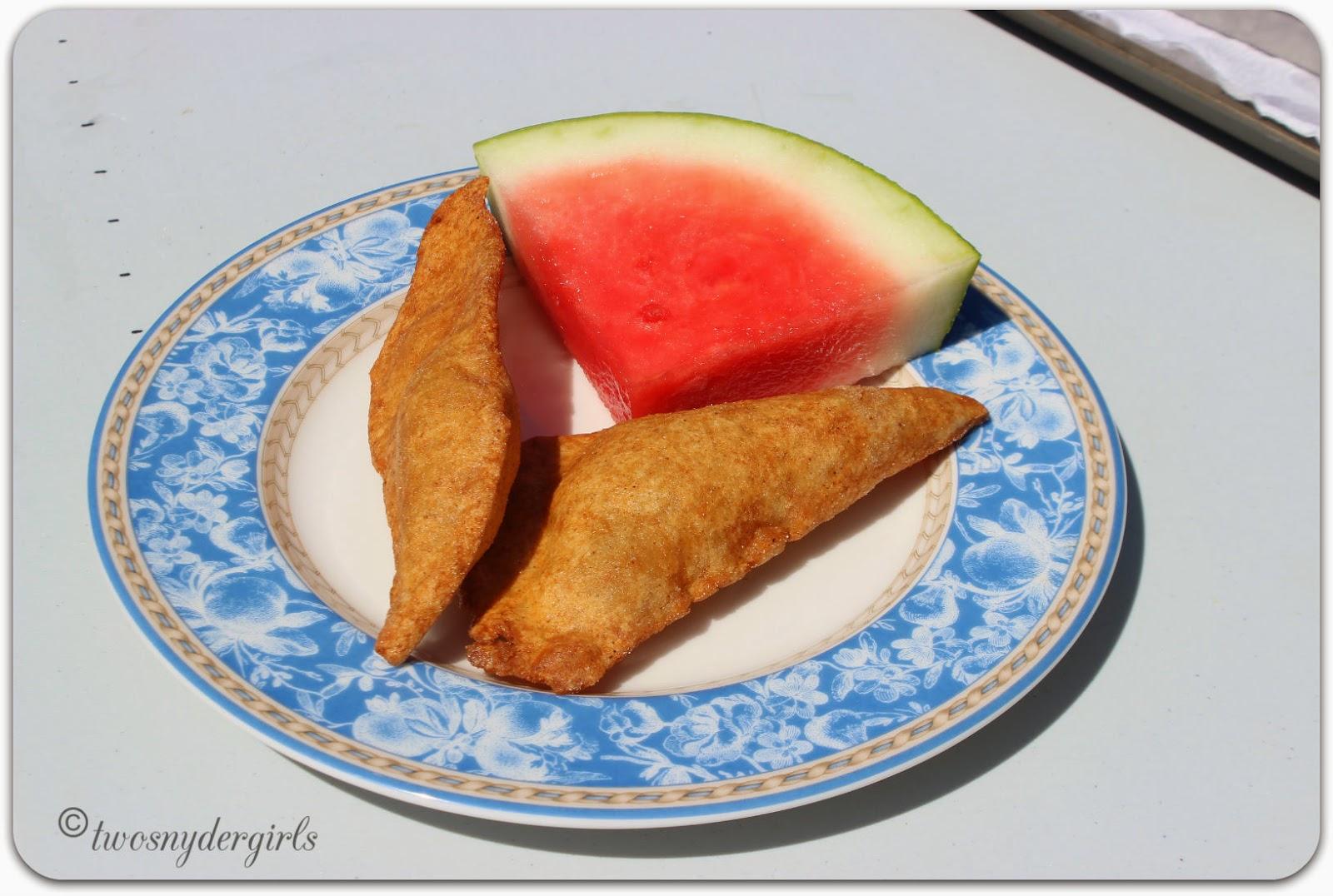 Rollkuchen and Watermelon