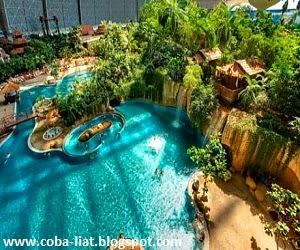 Taman air indoor terbesar didunia