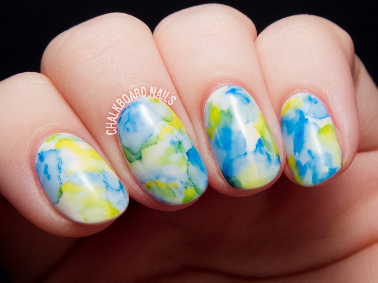Sharpie watercolored gel nail art by @chalkboardnails