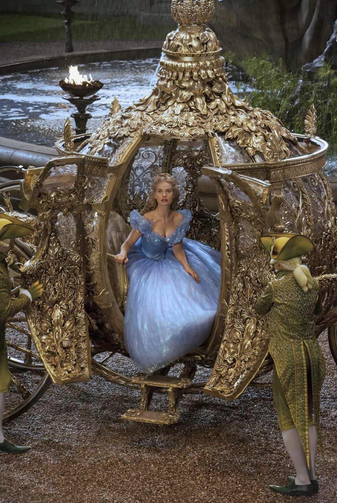 Cinderella 2015 Disney Kereta Emas Wallpaper HD