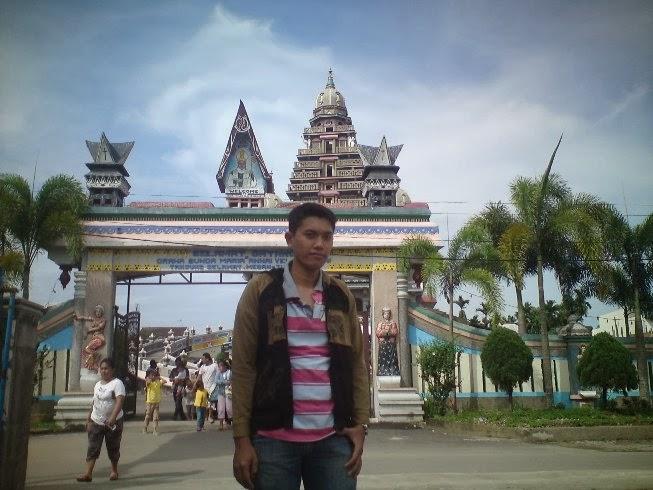 Gerbang Gereja Velangkanni