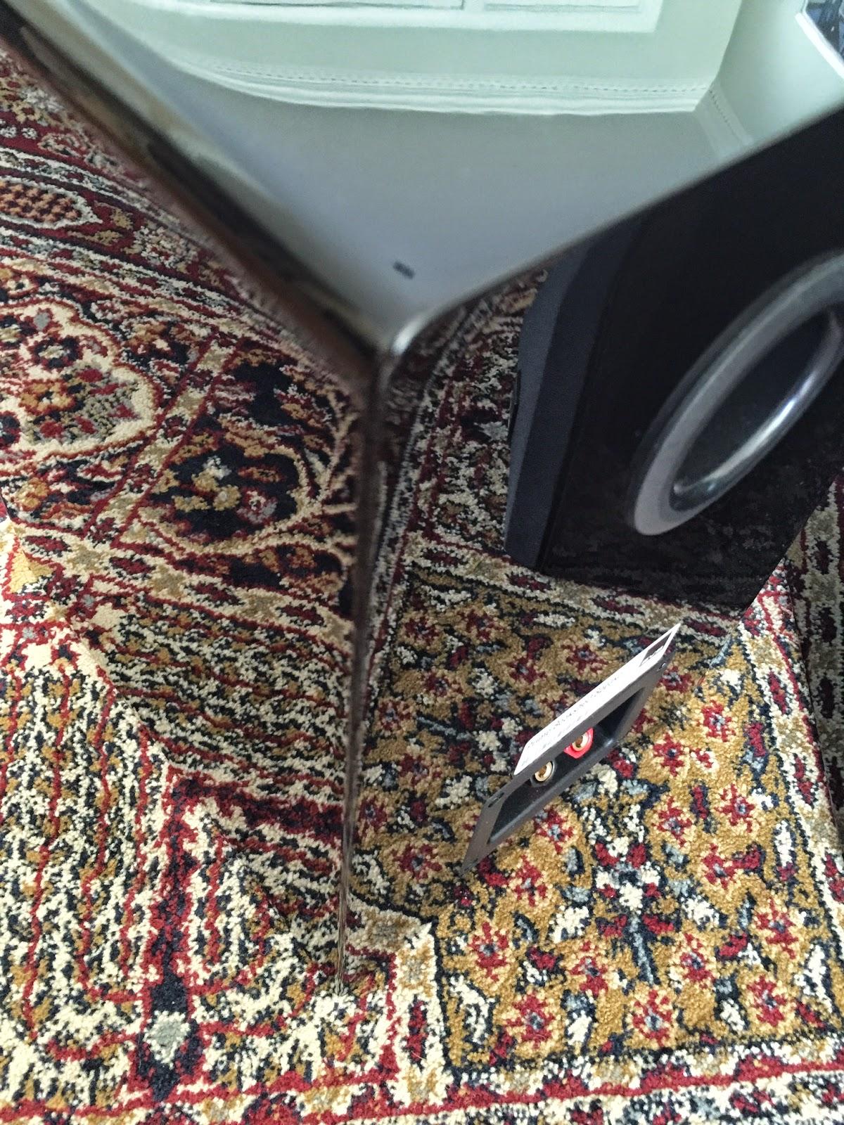 SVS Prime Bookshelf Loudspeaker in High Gloss Black