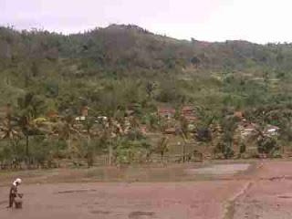 Jalan jalan ke gunung guruh tempat pengrajin genteng sukabumi