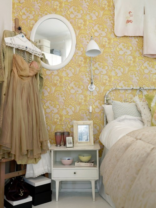 Vintage Chic Decorating Ideas