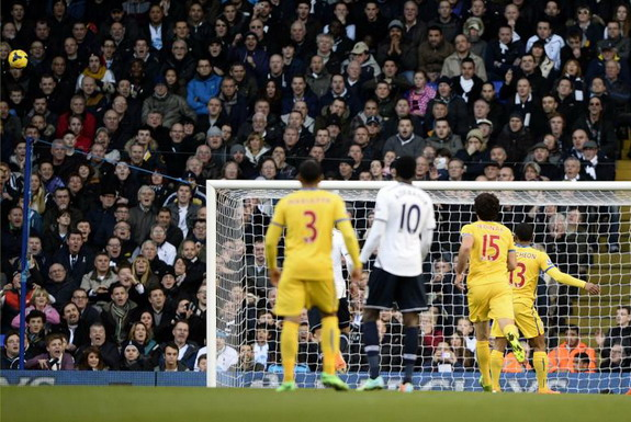 Crystal Palace player Jason Puncheon hits his penalty very wide of the Tottenham goal