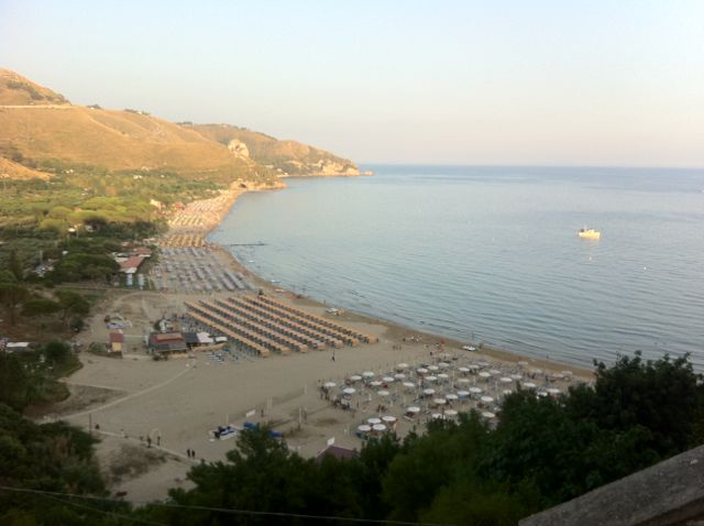 The south beach, Sperlonga