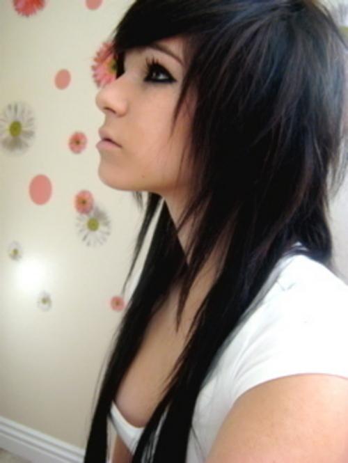 Fashion Emo Haircuts Girl Fanzpixx