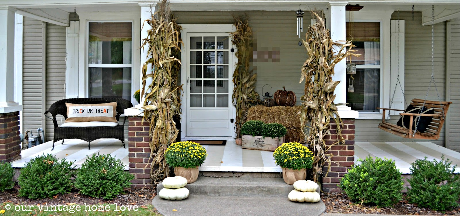 Vintage Home Love Autumn Porch Ideas