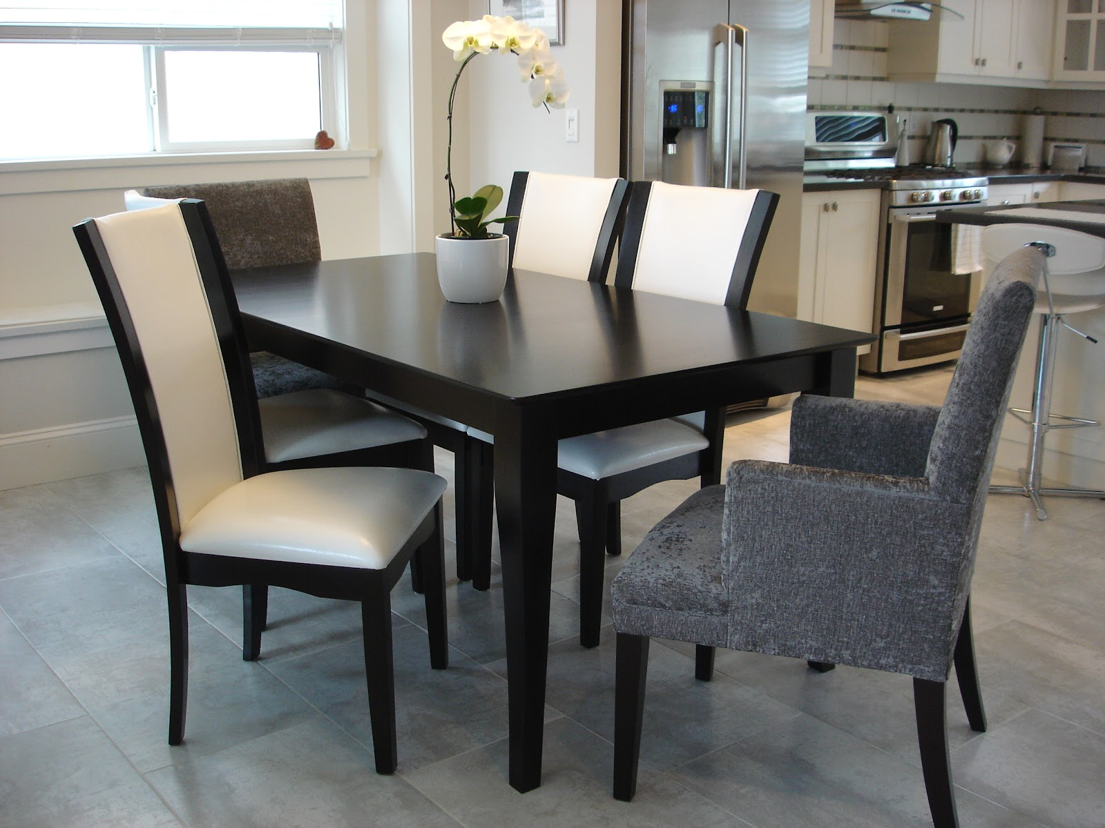Elizabeth Roberts Design How To Choose Dining Room Furniture The Chairs