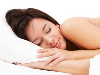 """""""Manfaat Tidur Telanjang Bagi Kesehatan"""""""
