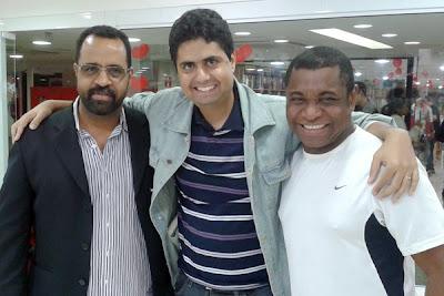 Eu entre Elvis Tavares e Álvaro Tito no Norte Shopping