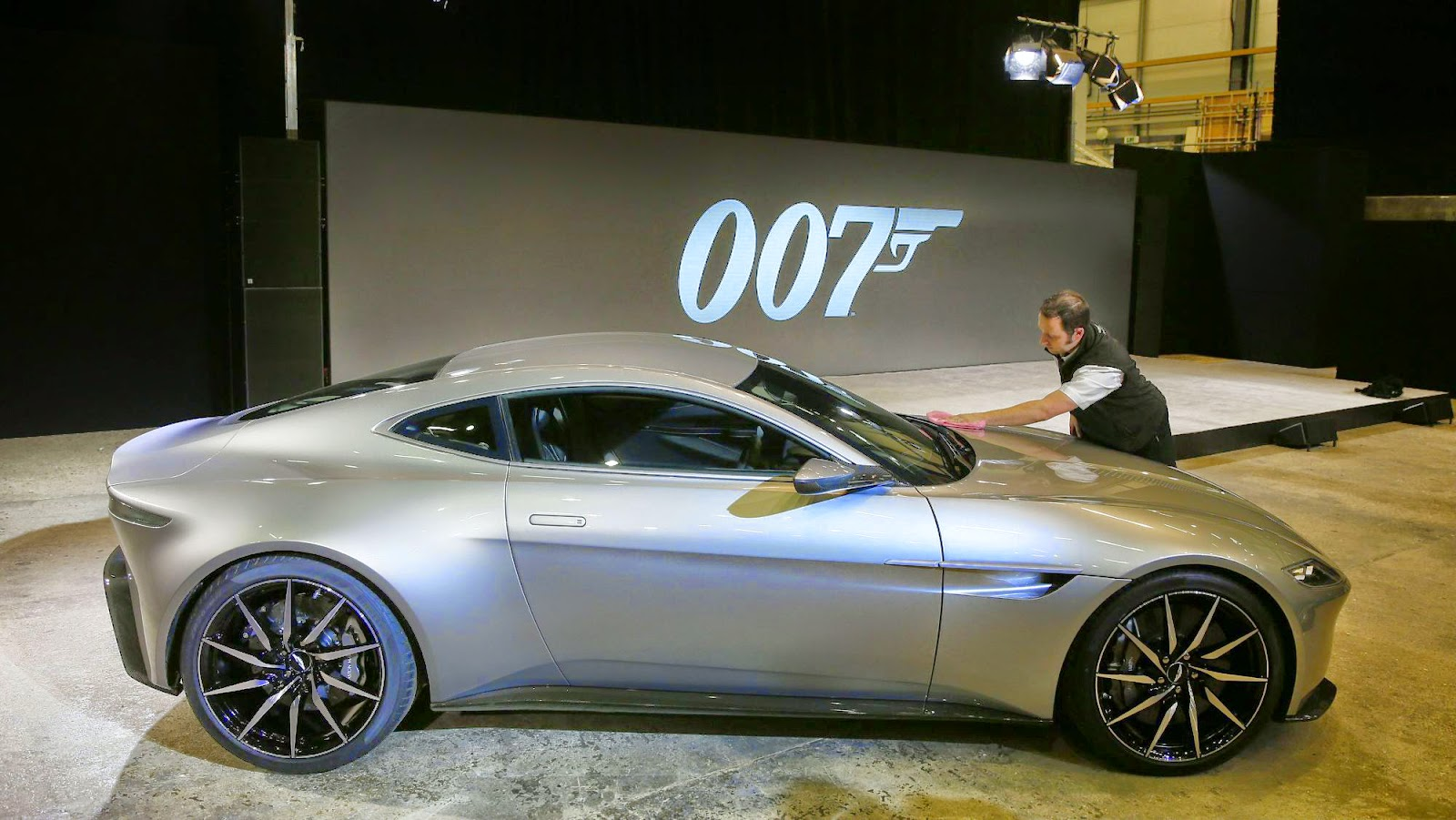 the aston martin db10 super car of the new james bond film. Black Bedroom Furniture Sets. Home Design Ideas