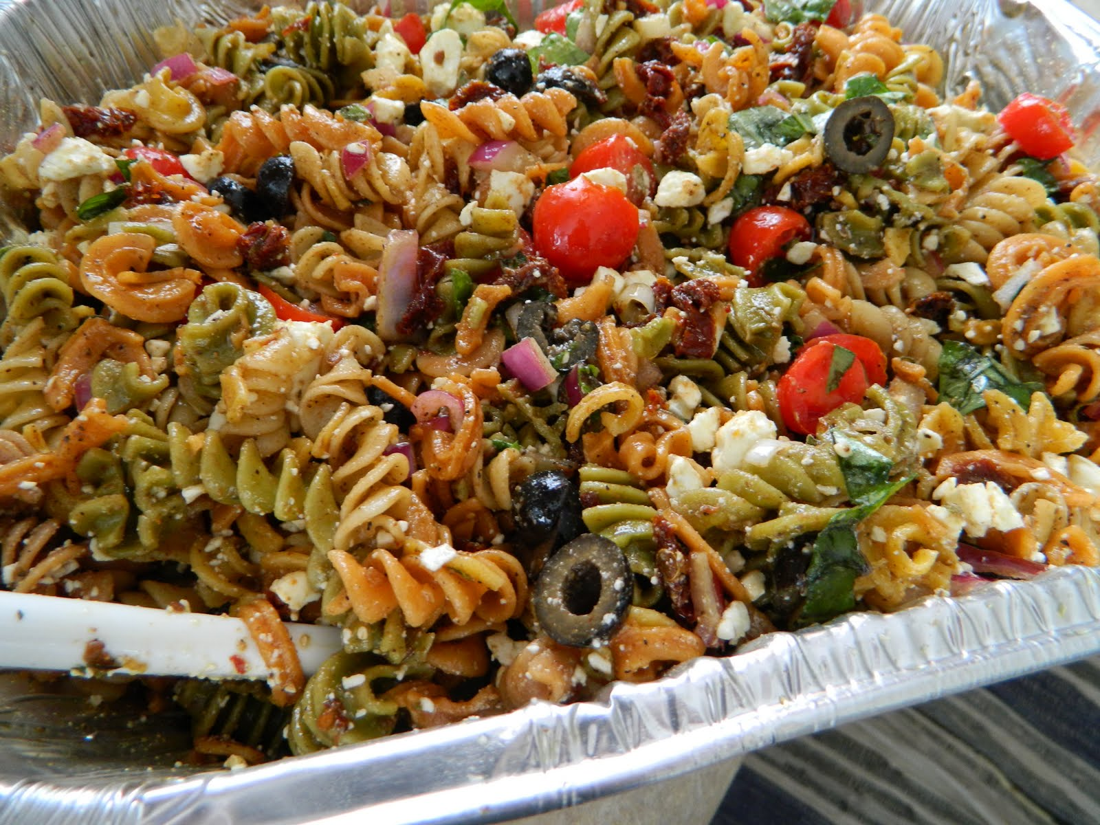 Tried and True Yummy Recipes: Mediterranean Pasta Salad