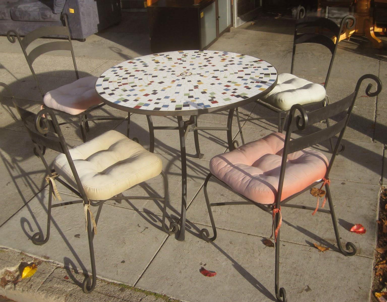Tops del mosaico del vitral de mesa - KNF jardines, muebles de patio ()