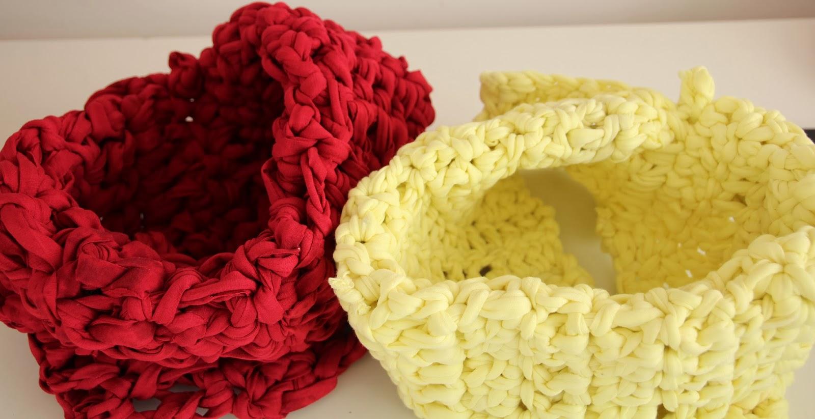 bufandas de trapillo roja y amarilla