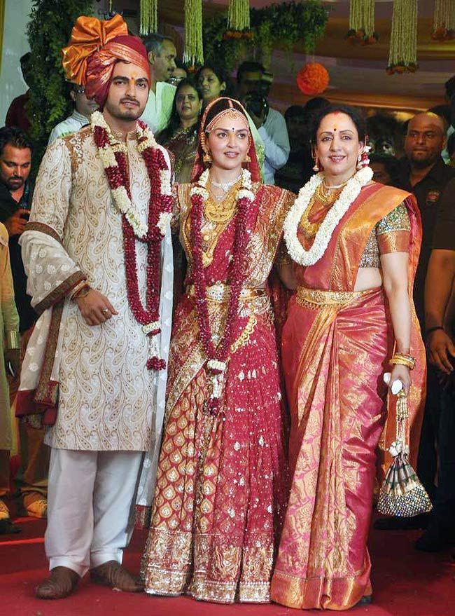 Esha Deol Wedding Saree Traffic Club