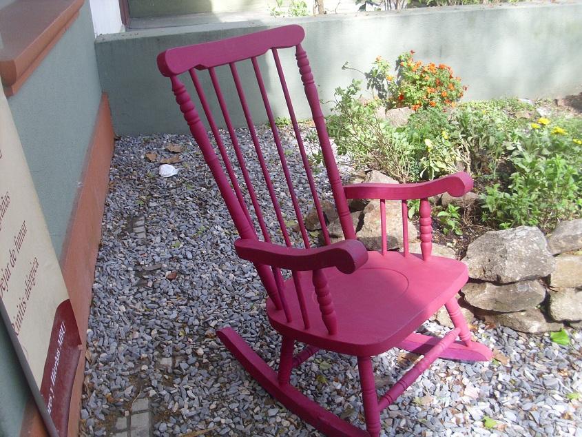 Muebles cosas del pasado la mecedora de la abuela for Muebles de la abuela