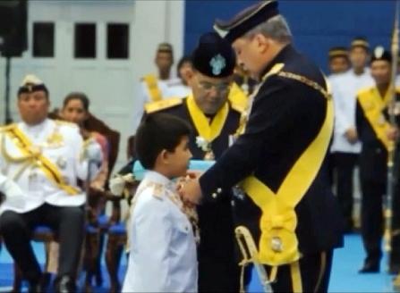 Kedua Datuk Paduka Mahkota Johor (DPMJ) yang membawa gelaran Datuk
