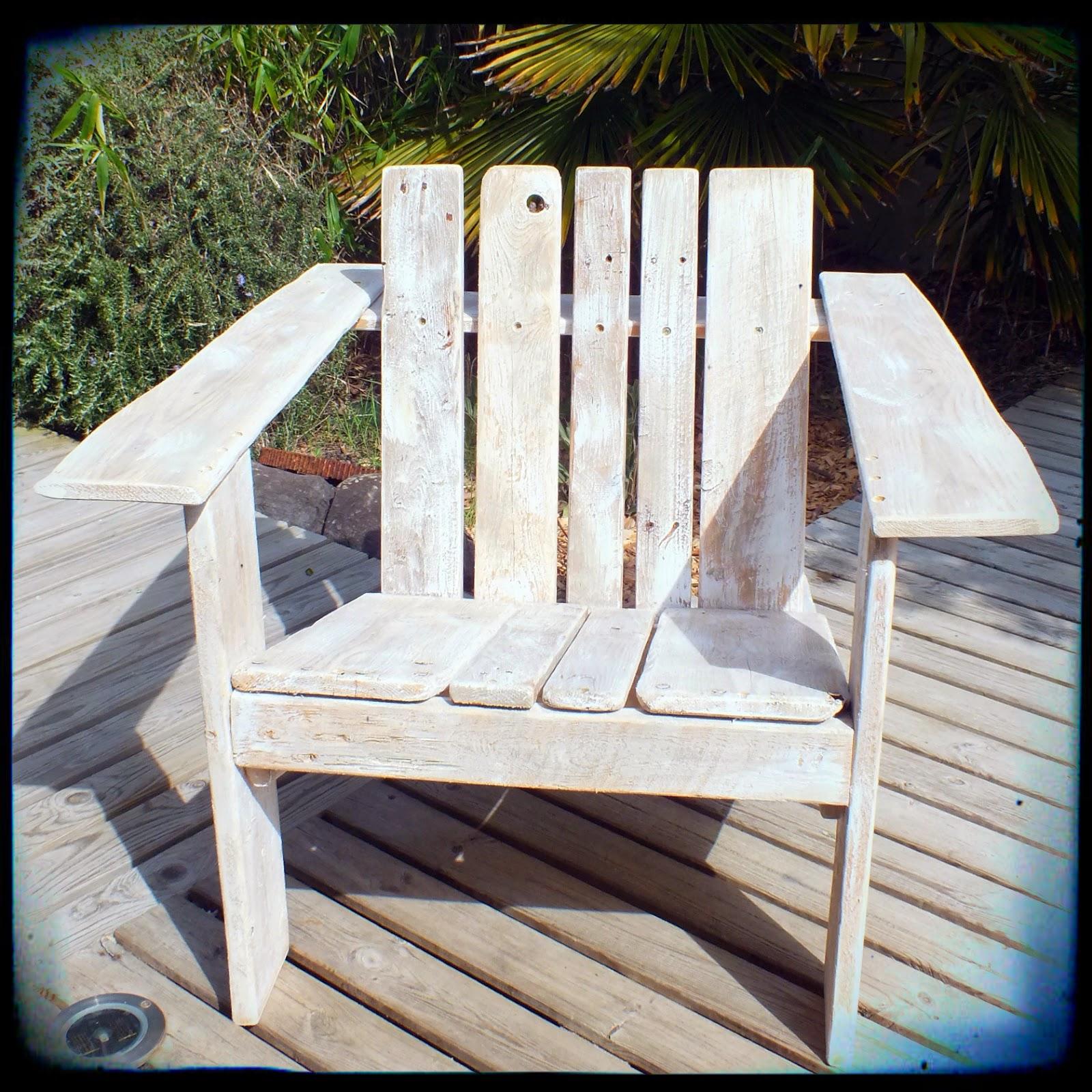 the bretirondack fauteuil en bois flott mutoz inc art en bois flott. Black Bedroom Furniture Sets. Home Design Ideas