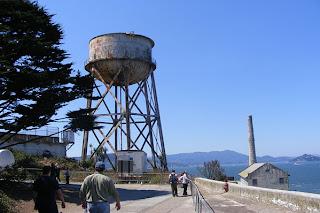 alcatraz-island-watertower